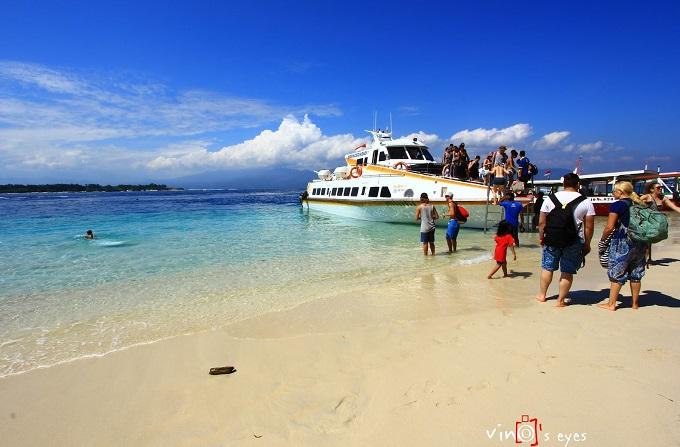Photo of Nyepi, Turis Bali Pindah Liburan ke Tiga Gili di Lombok