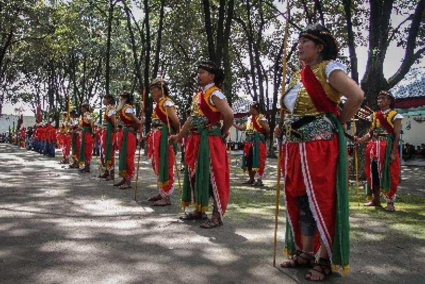 Photo of Kemenpar Lestarikan Budaya 'Tinggalan Dalem Jumenengan'