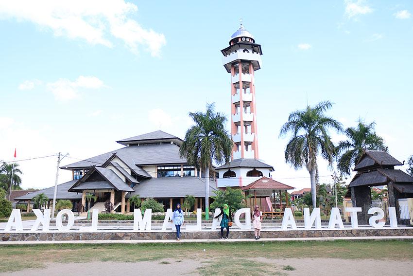 Photo of Pesona Wisata Sejarah Dan Budaya Sumbawa