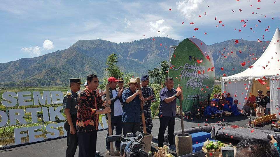 Photo of Didampingi Genpi LS, Staf KemenparKunjungi Sembalun dan Senaru