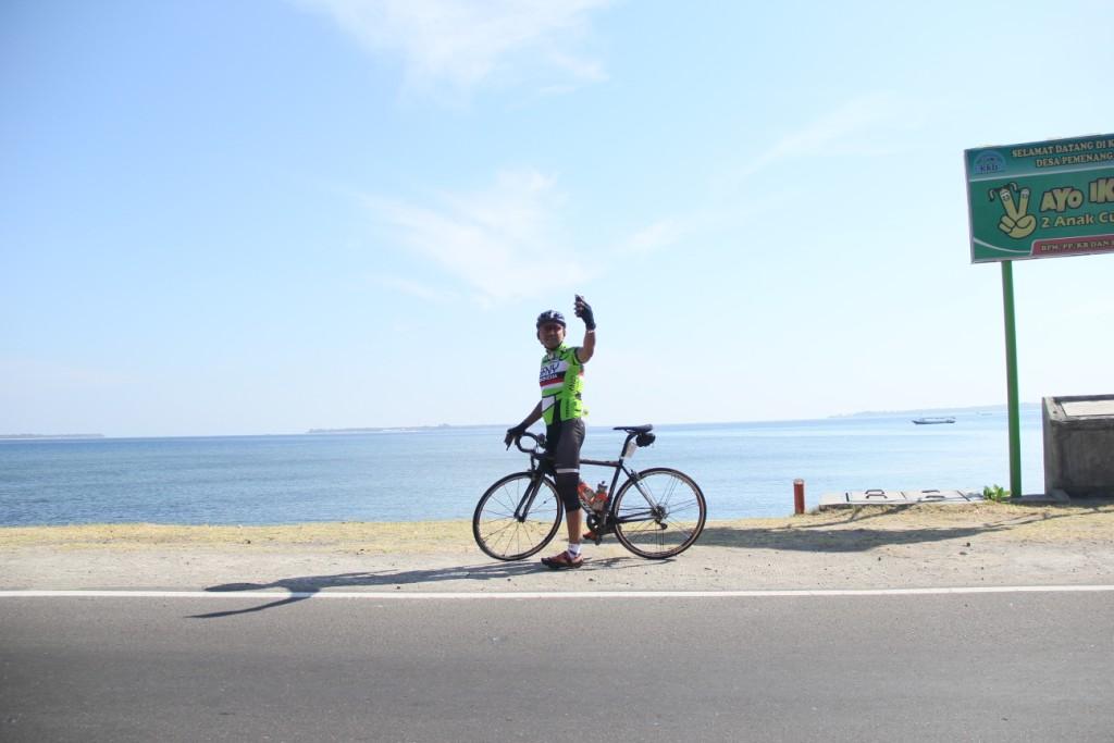 Photo of Peserta GFNY Terhipnotis Keindahan Laut Utara Lombok