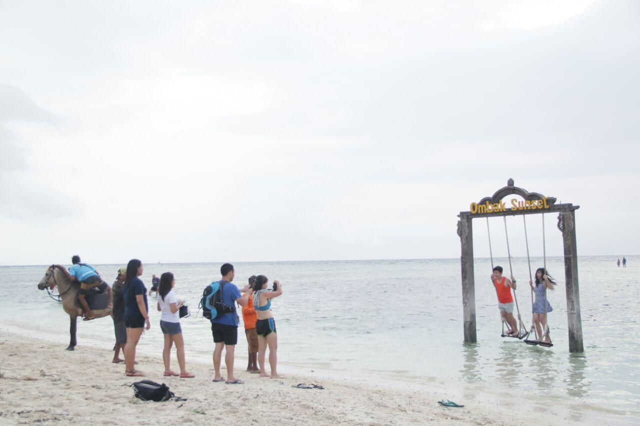 Photo of Lombok Juga Oke Banget untuk Liburan
