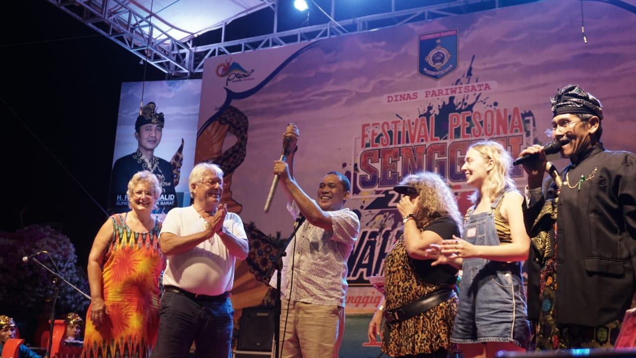 Photo of Wisatawan Mancanegara Turut Nikmati Rangkaian Festival Pesona Senggigi 2018