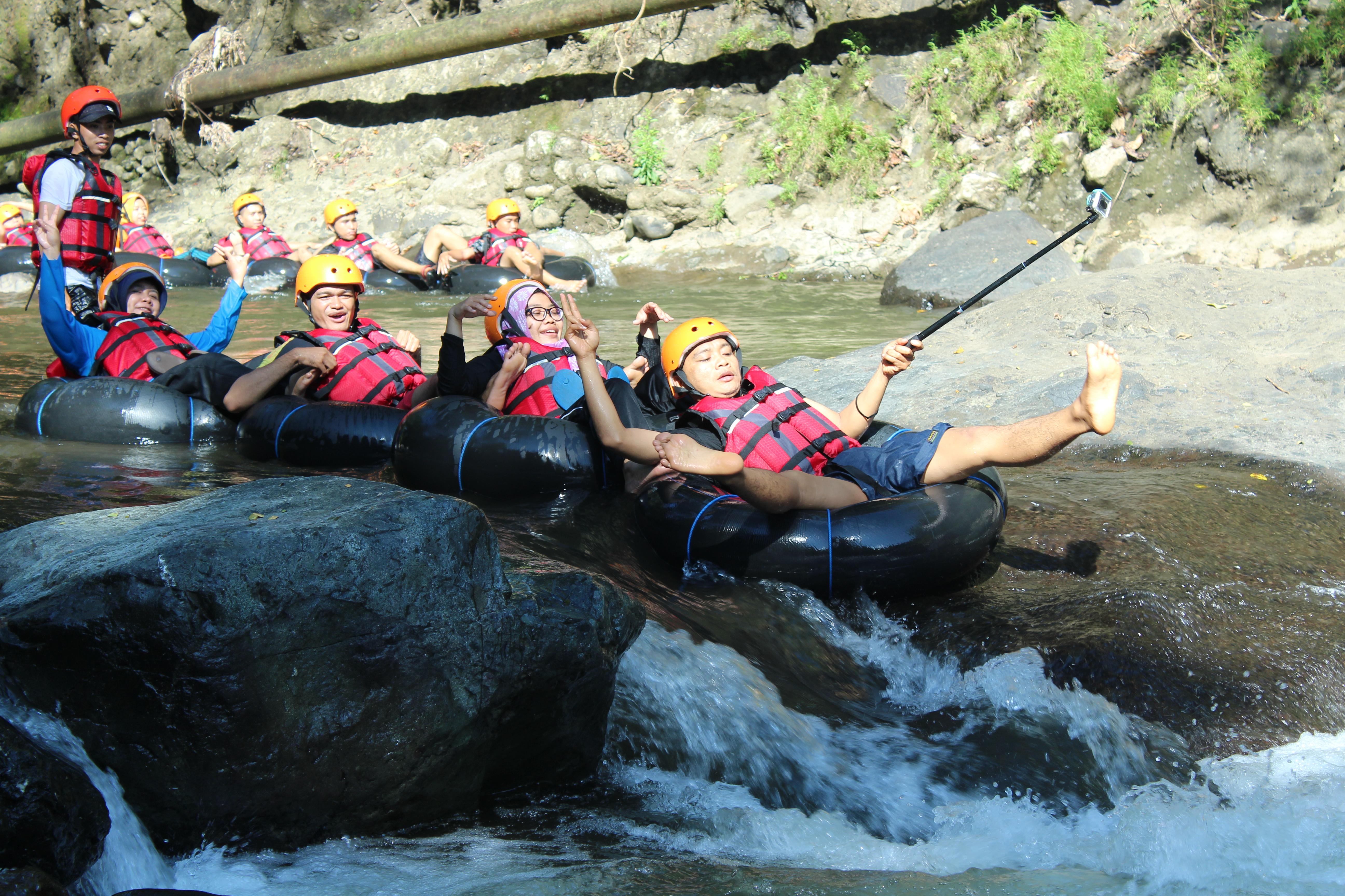 Photo of Keseruan River Tubing di Ai Kele, Desa Marente, Kec.Alas, Sumbawa Besar