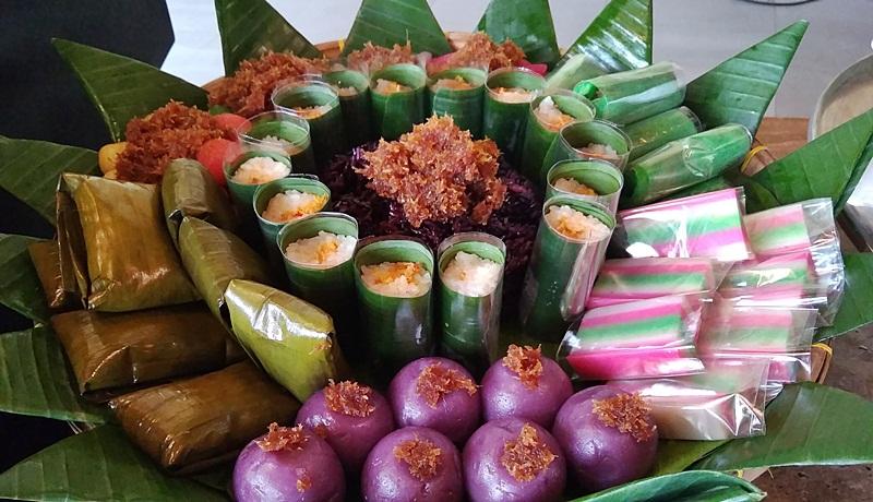 Ragam jajanan pasar di menu Iftar Aruna Resort Senggigi