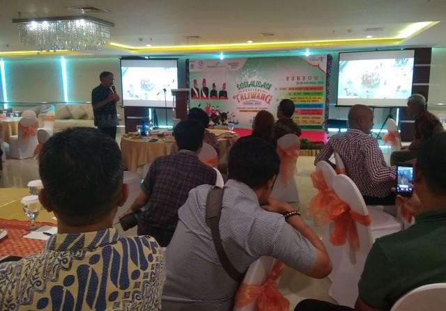 Kadispar Sumbawa Barat merespon baik usulan, sharing dan ide dari peserta di sesi diskusi