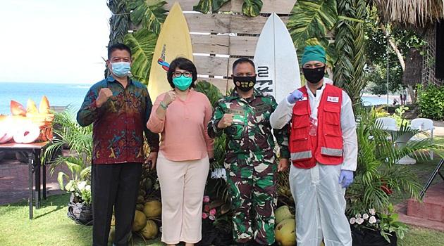 Donor Darah Hari Kesehatan Nasional di Aruna Senggigi Resort