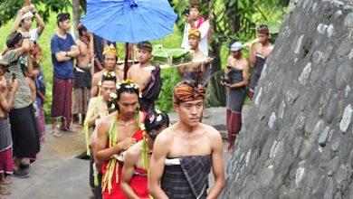 Photo of Syukur Bumi di Maulid Adat Bayan 2020